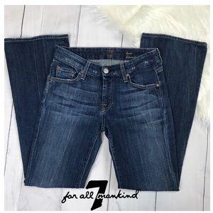 7FAMK Petite Kimmie Bootcut Denim Blue Jeans.